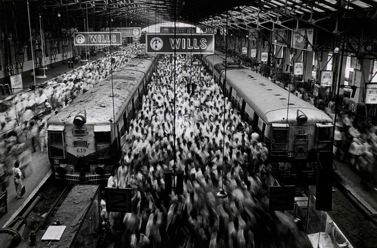 Churchgate Station. Стрит фотография Себастьяна Сальгадо