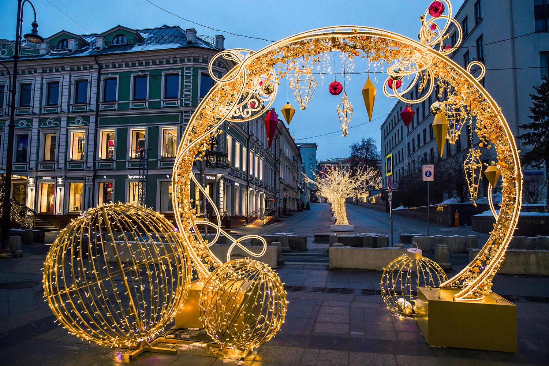 предлогает как украсили москву новогоднему празднику фото оптовые розничные