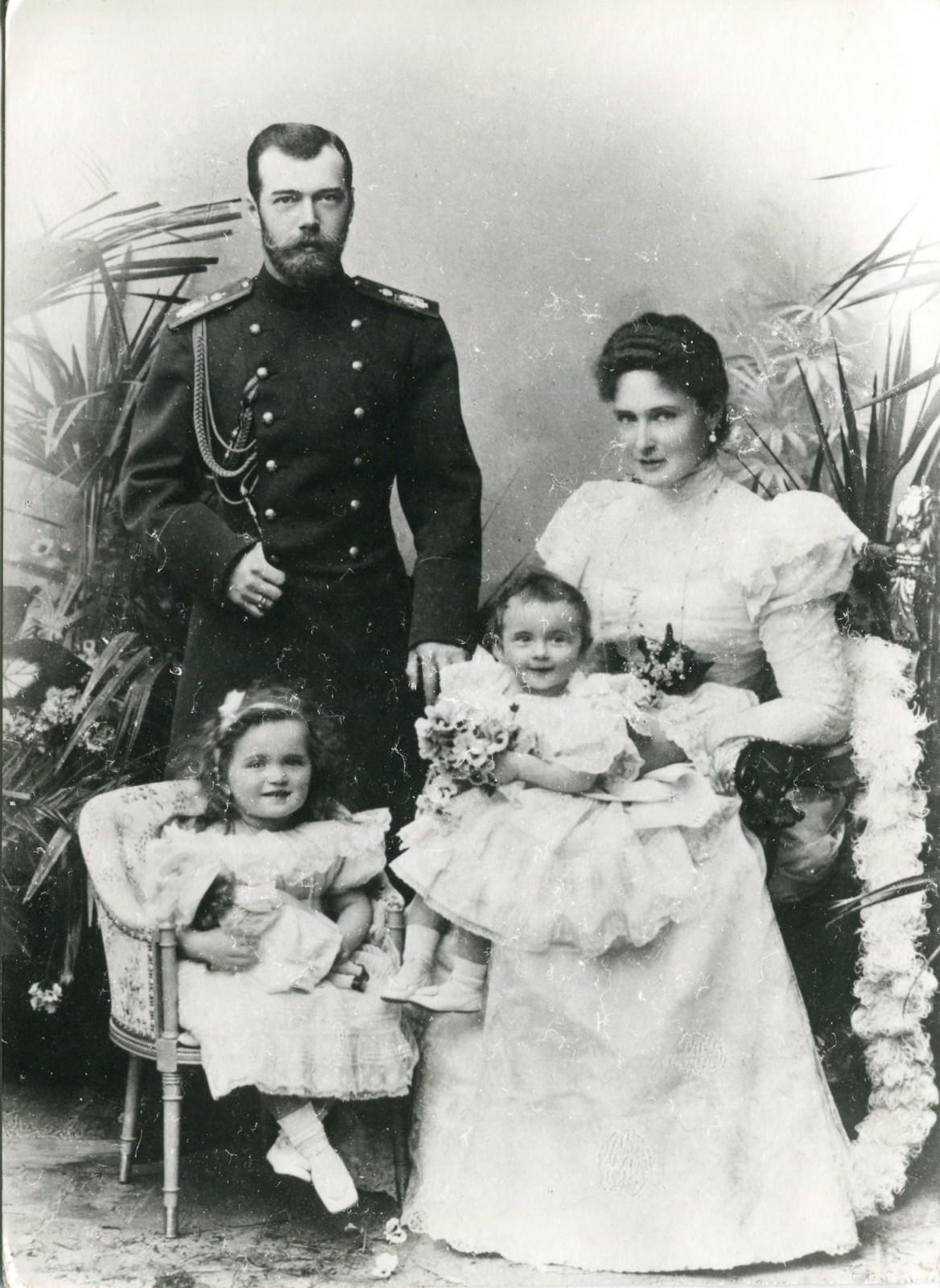 картинки николай второй и семья их