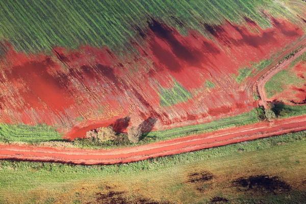 Экологическая катастрофа в Венгрии. Фотографии венгерской катастрофы 2010.