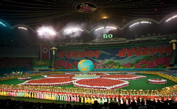 Северная Корея. Гимнастическое шоу