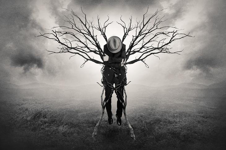 Абстрактная фотография. Человек-дерево. Фото: Tommi Ingberg