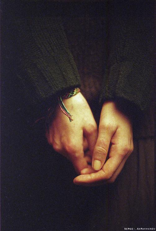 Руки. Фото Сергея Сараханова