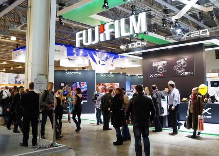 Стенд компании Fujifilm на Фотофоруме-2013