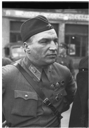 Фото советского офицера.