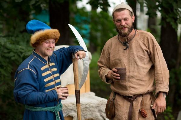 средневековая деревня, день фотографа 2012, декорации, фотофестиваль