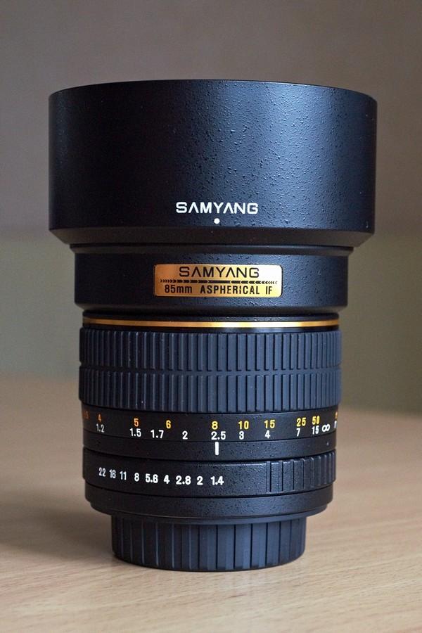 объектив Samyang  85 mm f/1.4 AS IF