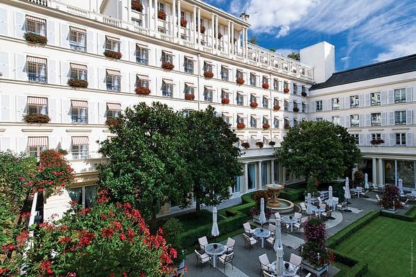 Отель Le Bristol, Париж, путешествие