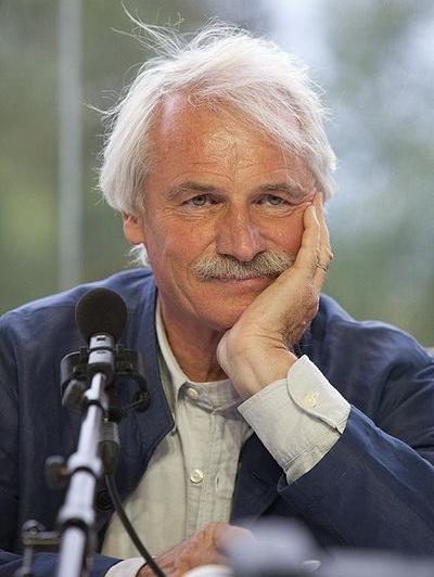 Ян Артюс-Бертран, французский фотограф