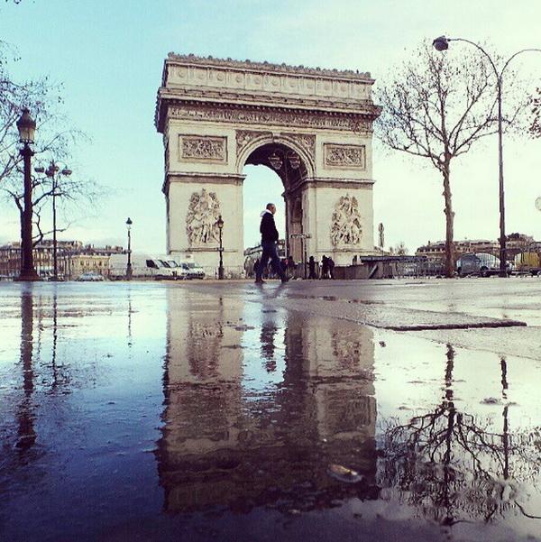 Париж, площадь Летуаль. Мобильная фотография Натали Жеффруа