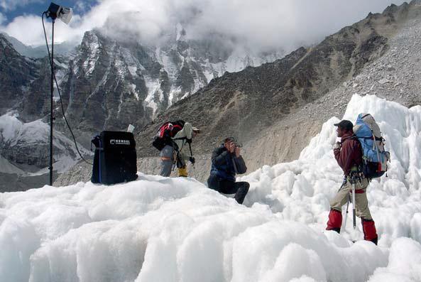 восхождение на эверест фото, покорение эвереста фото, hensel оборудование