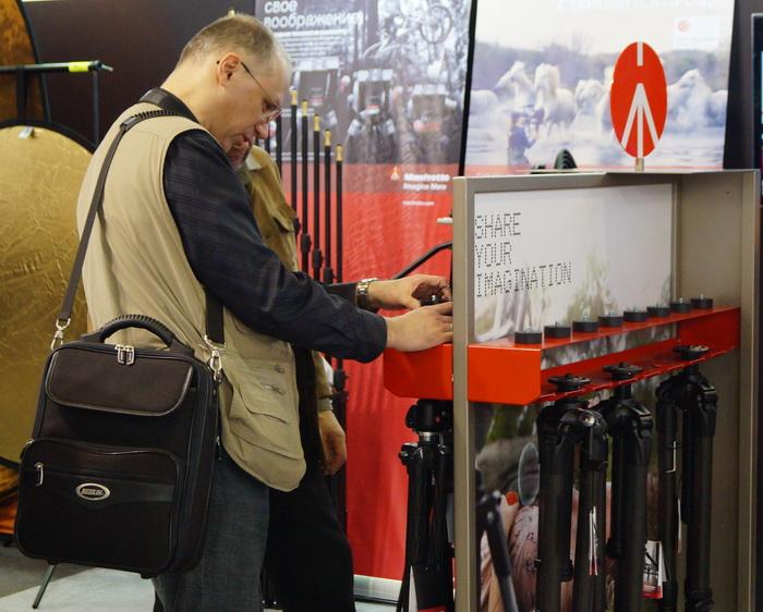Стенд Mafrotto, выставка фотофорум 2013, фотофорум 2013, CONSUMER ELECTRONICS  PHOTO EXPO 2013, Крокус-Экспо, Международная выставка потребительской электроники и фототехники