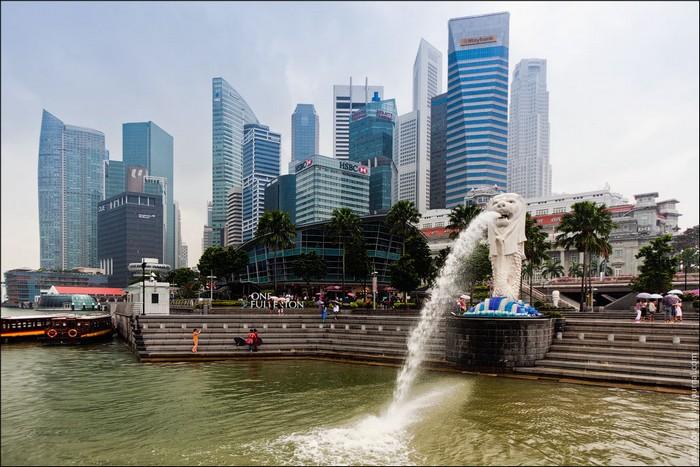 Мерлайон – символ Сингапура. Фото: Виталий Раскалов