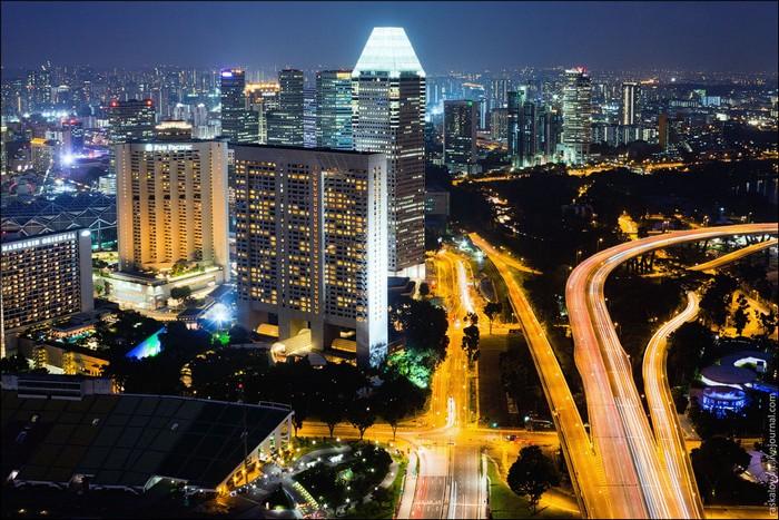 Сингапур с высоты. Фото: Виталий Раскалов