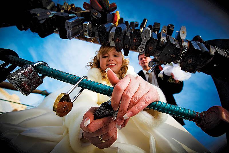 Евгений Огнев. Говорят, что свадебная фотография - это бизнес.