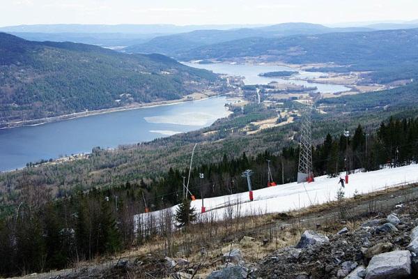 Горные лыжи в Норвегии. Фото гор в Норвегии, ландшафт Норвегии.