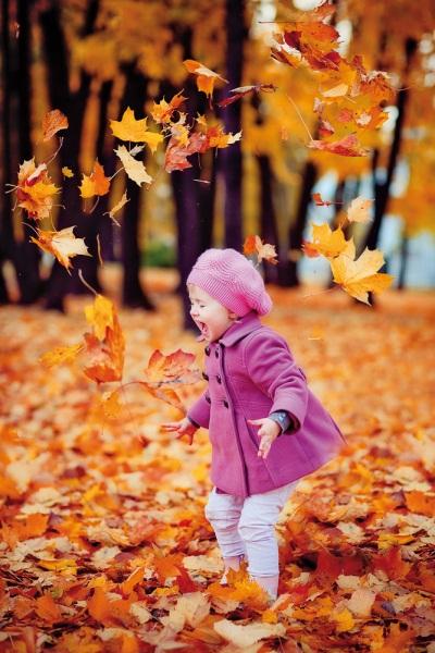 Елена Яковлева. Помните, с каким умилением и улыбкой вы рассматривали свои детские фотографии или снимки своих деток?